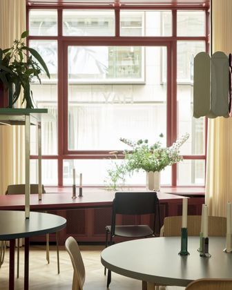 HAY Two-colour Eettafel