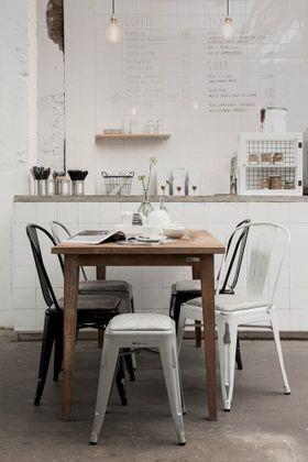 Must Living Vintage Eettafel