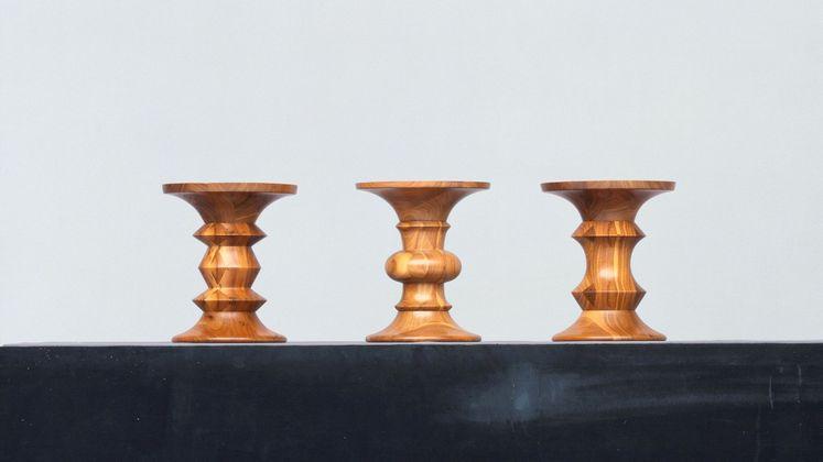 Vitra Stools model A Bijzettafel