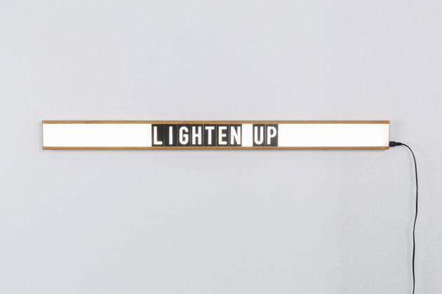 Zuiver Saber Wandlamp